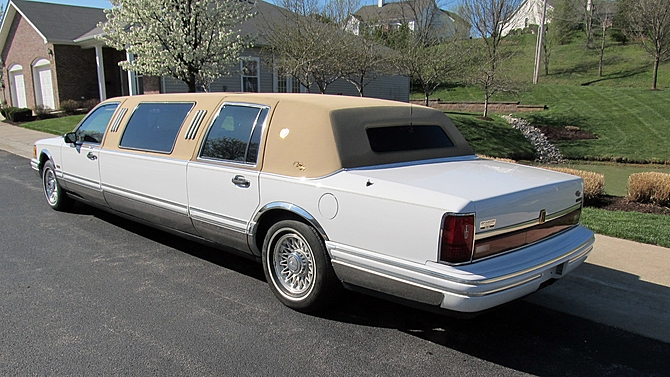 classic lincolns view topic 1993 lincoln town car. Black Bedroom Furniture Sets. Home Design Ideas