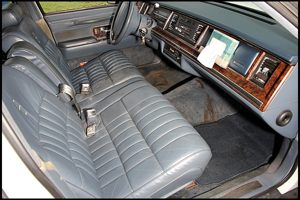 classic lincolns view topic 1991 lincoln town car. Black Bedroom Furniture Sets. Home Design Ideas