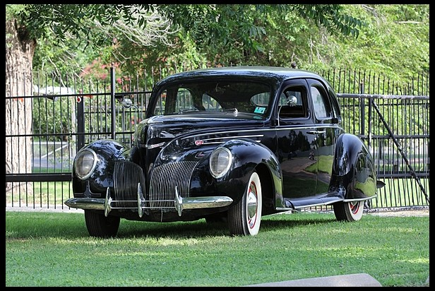 Car of the Week: 1939 Lincoln-Zephyr